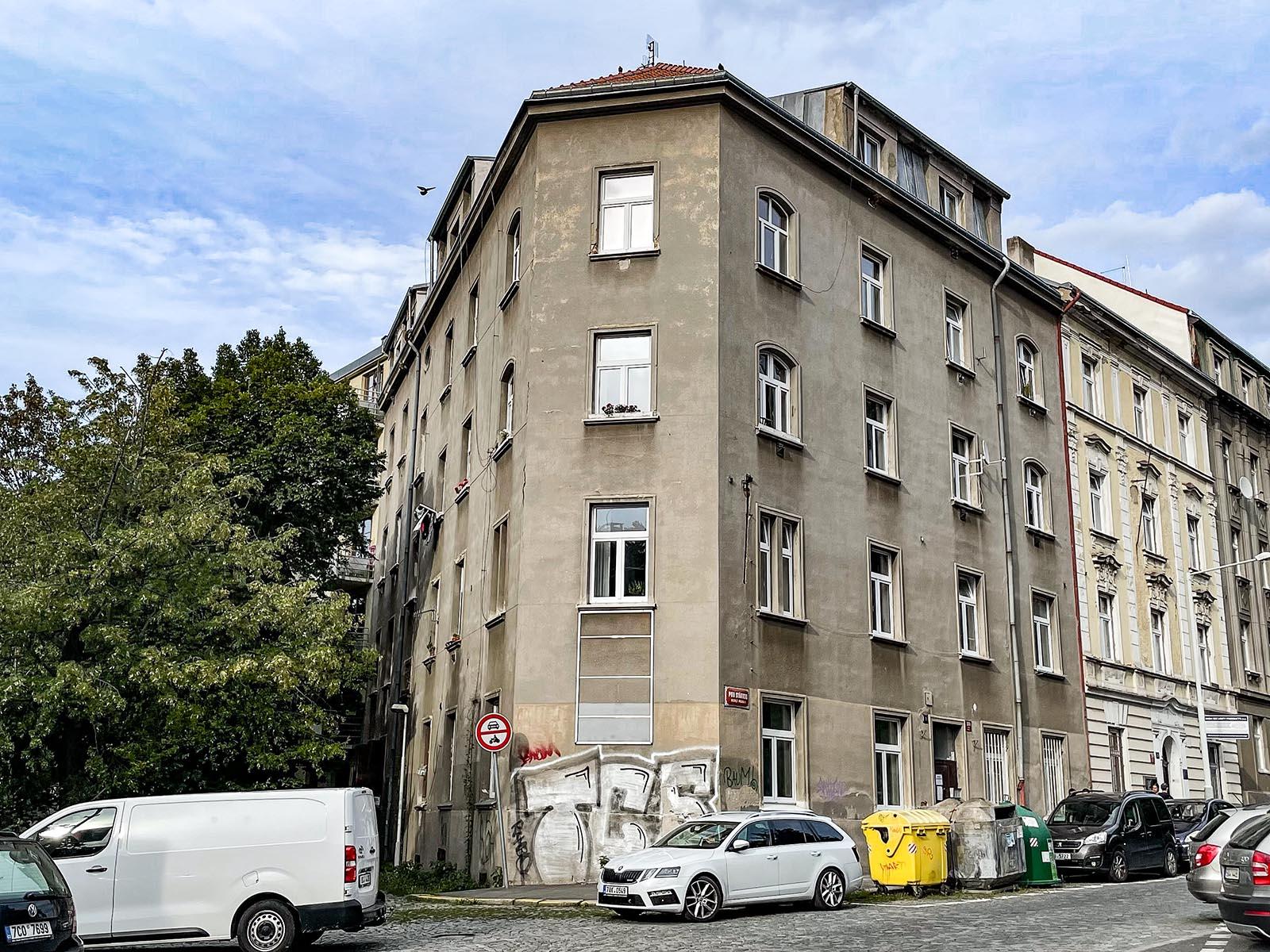 Pod Stárkou 388, Praha